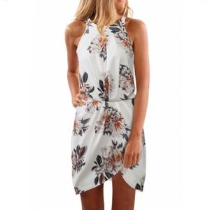 Dresses & Skirts - White Floral High Neck Sleeveless Dress Size XL